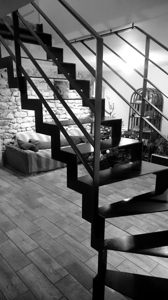 Escalier métallique en crémaillère.  Architecture et décoration contemporaine. Art Métal Concept - Quimper - http://artmetalconcept.e-monsite.com/album/escaliers/