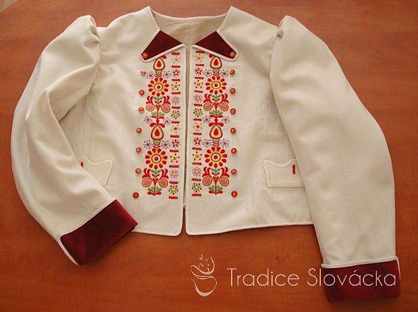 Jupky, kabátky – Tradice Slovácka, o.p.s., Hroznová Lhota