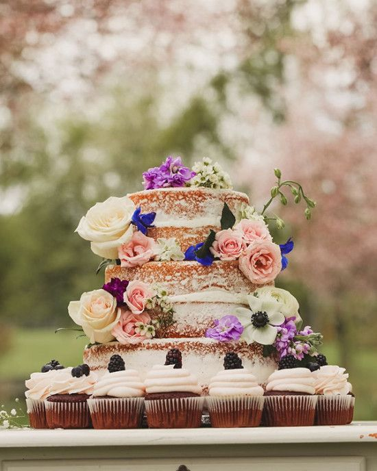 sweet and simple naked wedding cake