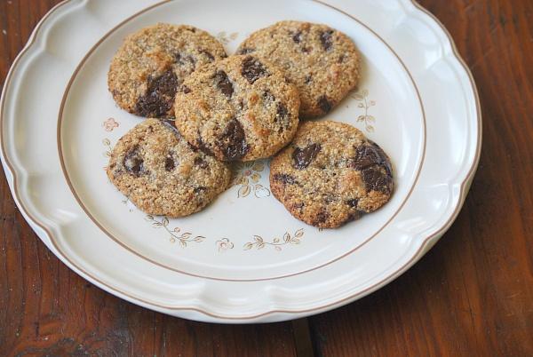 flourless chocolate chip cookies by wholefamilyfare