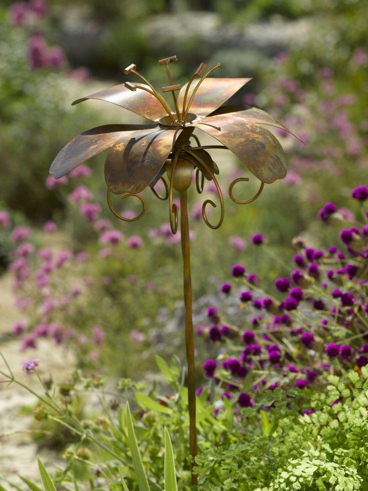 Metal Flowers: Daylily Garden Stake   Gardeners.com