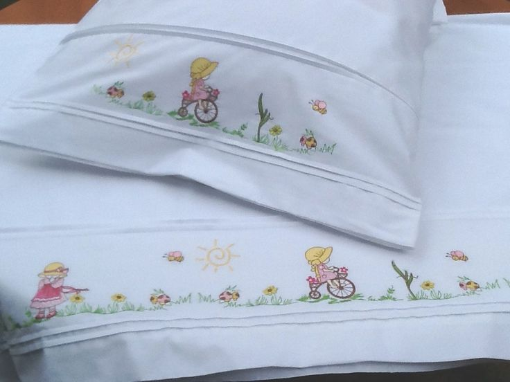 Juegos de cama bordados para bebes buscar con google - Cama de coche para nino ...