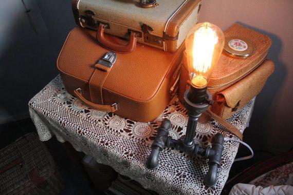 Edison ampoule Bureau lampe - tuyau industriel urbain de Steampunk - lampe - Pipe Light - charme rustique