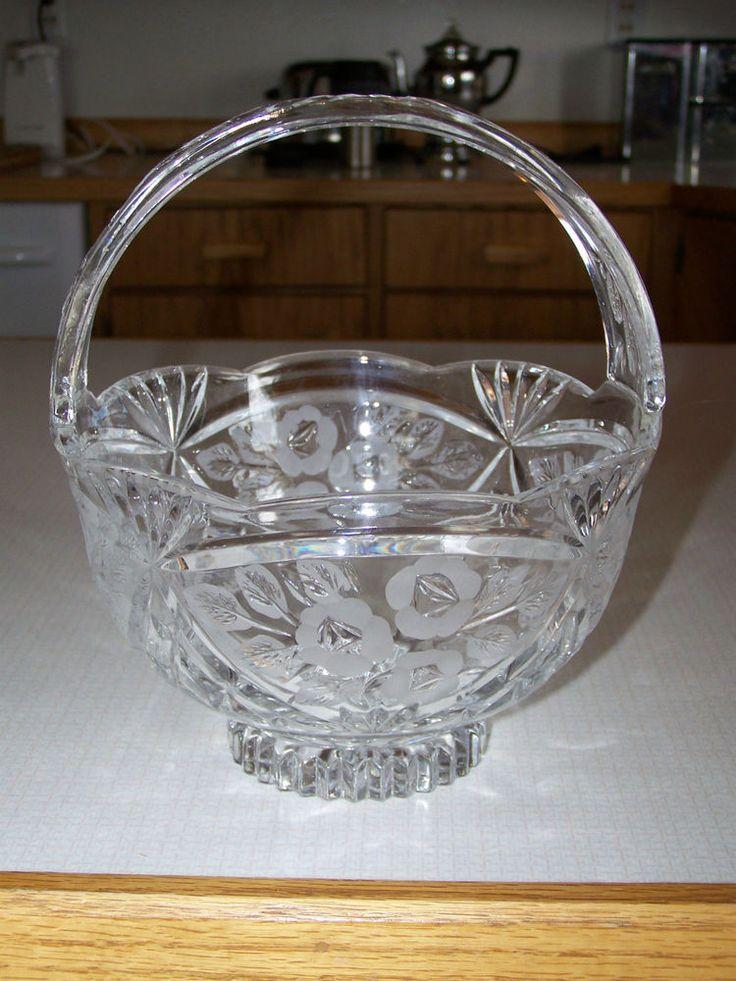 663 best baskets images on pinterest basket antique glass and carnival glass. Black Bedroom Furniture Sets. Home Design Ideas
