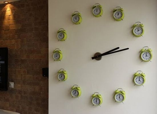 Great Love This Quirky Display Of Clocks