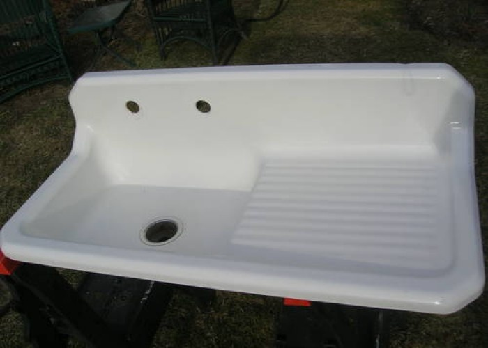 New Vintage Cast Iron Kitchen Sinks