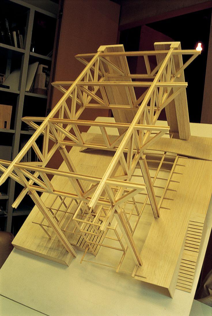 Aresbank Building, Madrid. Model by allende arquitectos