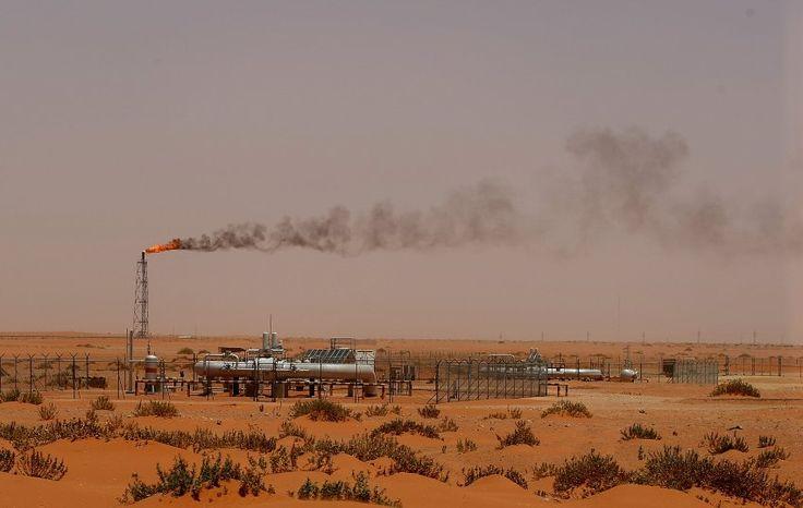 Saudi-Arabien: Ölpreisverfall reißt90-Milliarden-Euro-Loch in Staatshaushalt - SPIEGEL ONLINE - Wirtschaft