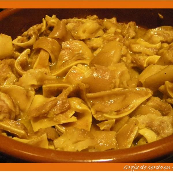 Oreja De Cerdo En Deliciosa Salsa Receta Receta De Orejas Comida Sin Carne Cerdo