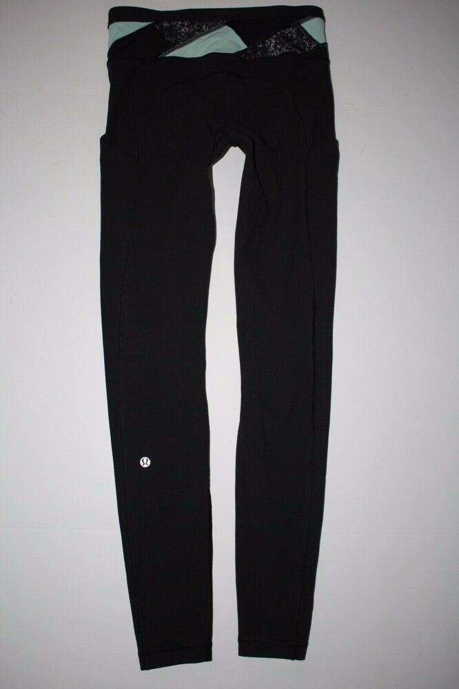 c9f90e888b70e Lululemon Size 4 Black & Blue Leggings Side Phone Pockets Yoga Stretch Pants