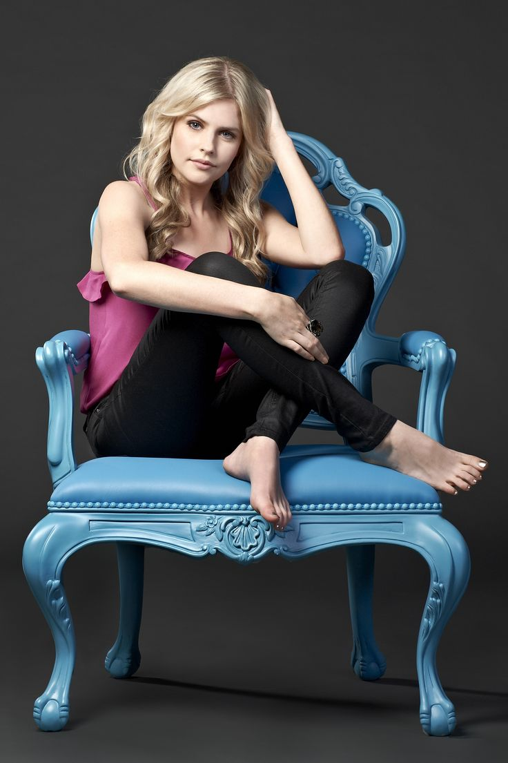 Amber Turner played by Jenna Rosenow. #neighbour #thecast #turnerfamily  http://neighbours.com.au/characters.htm