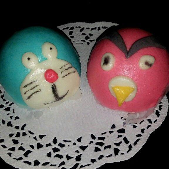 Doraemon and angry bird bun