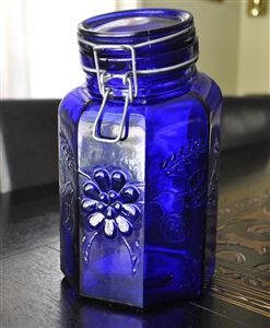 COBALT BLUE GLASS ITALIAN STORAGE CONTAINER WITH LID.