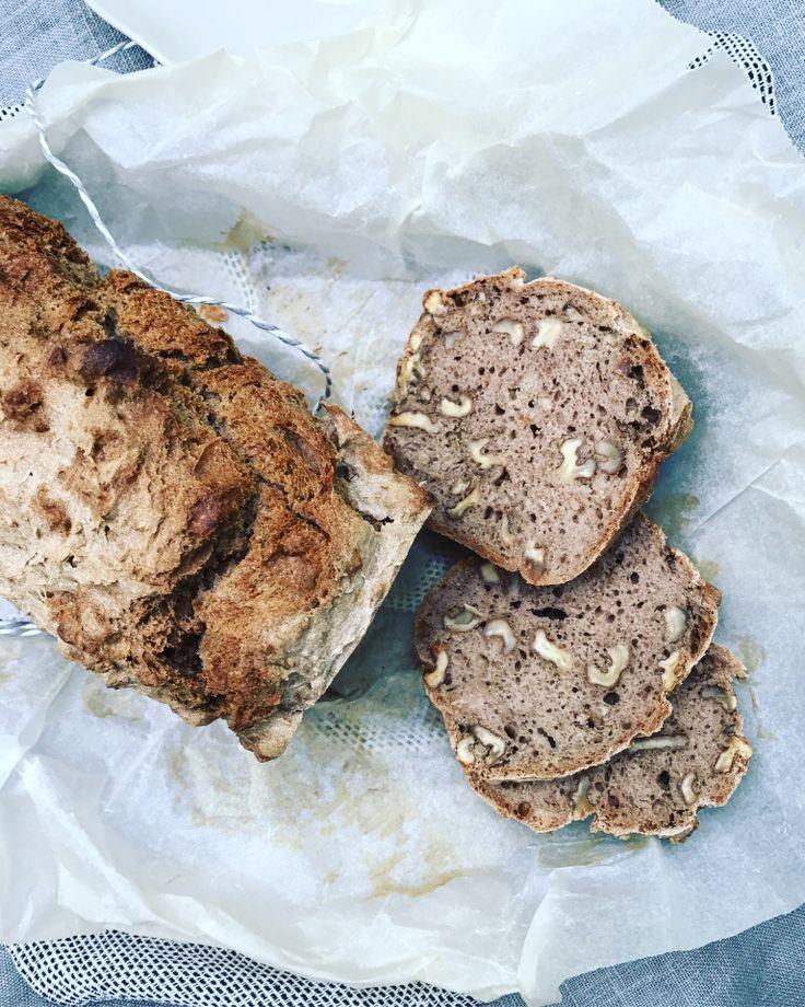 Pain aux noix – chez_simonemarie   – Brot
