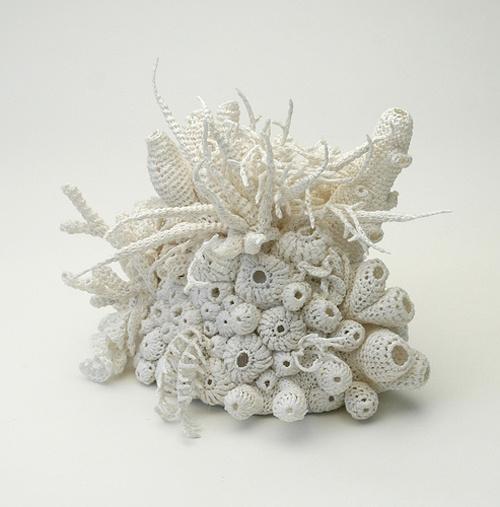 http://hellejorgensen.typepad.com/: Crochet Sea, Hells Jorgensen, Sea Creatures, Crochet Art, Textiles Art, Hells Jørgensen, Freeform Crochet, Fiber Art, Coral Reefs