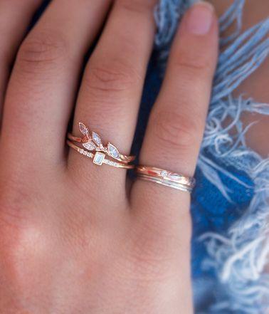 Rose Gold Diamond Leaf Ring