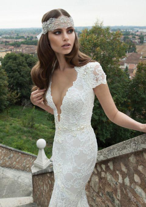 Bloomfeld – WIT Wedding http://www.witwedding.nl/webshops/bruid/trouwjurk/