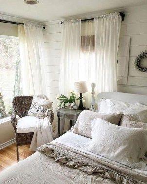 Beautiful Farmhouse Master Bedroom Ideas 13