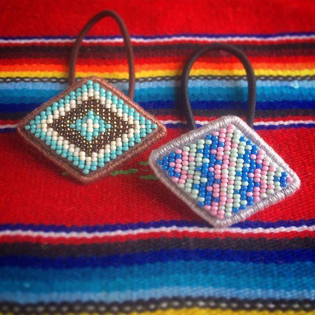 #ビーズヘアゴム 刺繍 #beads #beadwork #ビーズ刺繍 #ネイティヴ #handmadeaccessories #handmade #ビーズ #ネイティブ #ヘアゴム #エスニック #native