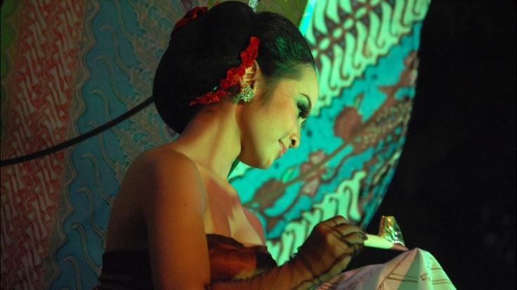 Woman & Batik, Yogyakarta, Indonesia