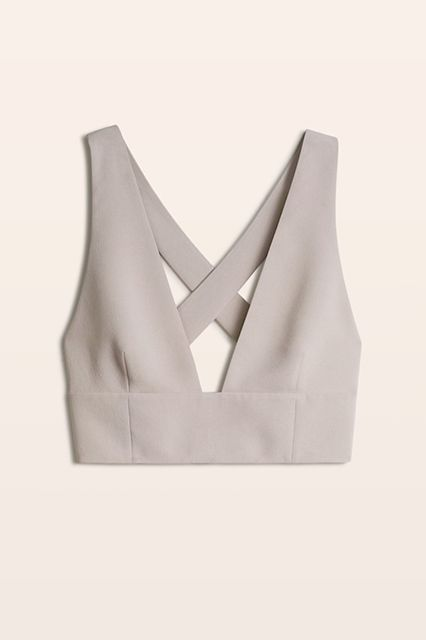 What We're Eyeing From Aritzia's Summer Sale #refinery29  http://www.refinery29.com/2016/06/114023/aritzia-spring-summer-sale-2016#slide-11  Introducing a crop top that still looks totally sophisticated.Wilfred Gerland Top, $85 $55, available at Aritzia. ...