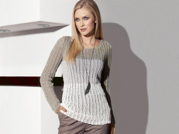 So kann der Herbst kommen - mit dieser Strickanleitung zaubern Sie sich einen modischen Pullover mit Farbverlauf. So ziehen Sie alle Blicke auf sich und das Frieren ist vergessen!