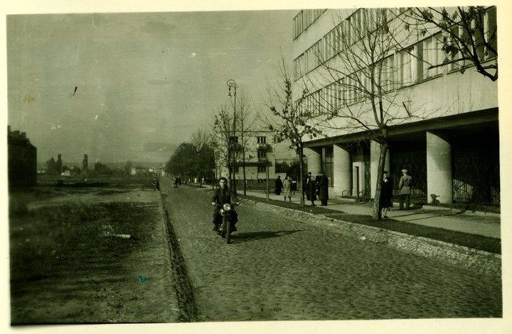 Juliusz Żórawski, Szklany Dom, 1937, Warsaw