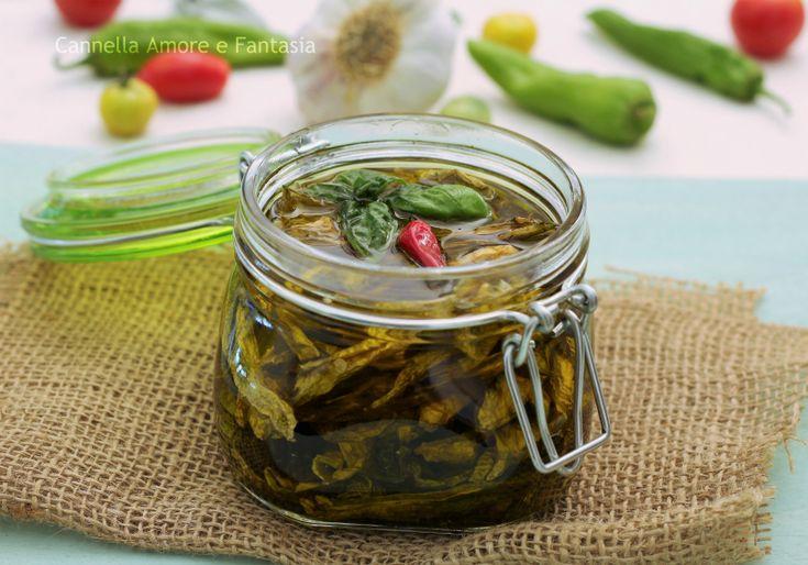 Peperoni secchi sott'olio alla siciliana - come prepararli con il sole e non