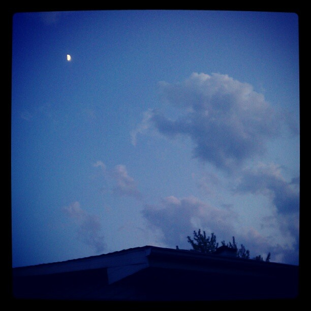 May 31 - Oxford, MI full moon | CLOUDS | Pinterest | Full Moon ...