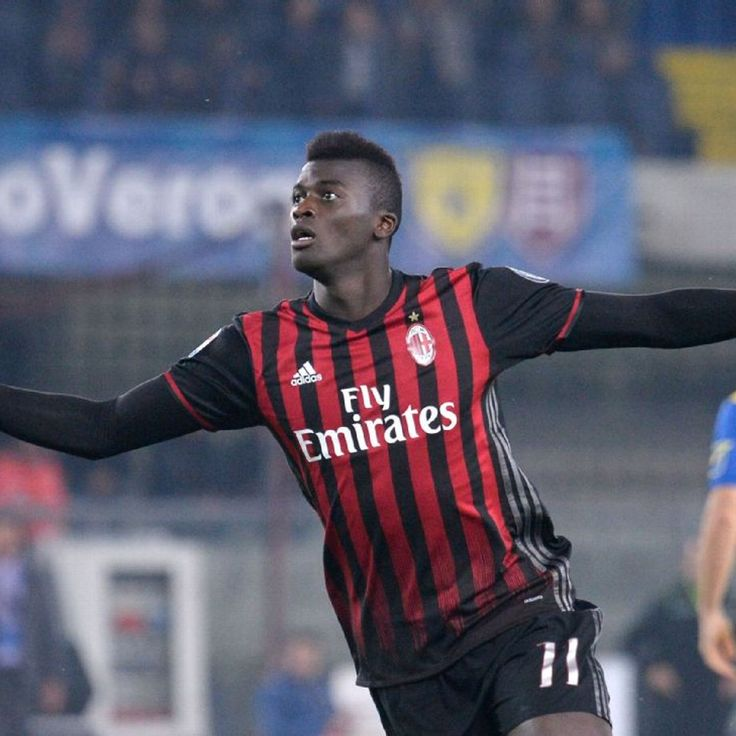 M'Baye Niang under pressure to prove worth to Montella at Milan
