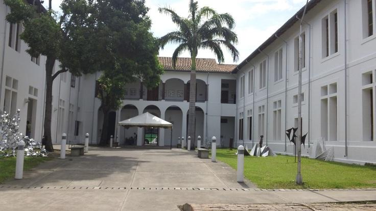 Biblioteca Departamental Julio Pérez Ferreiro. Cúcuta - Norte de Santander. Colombia.