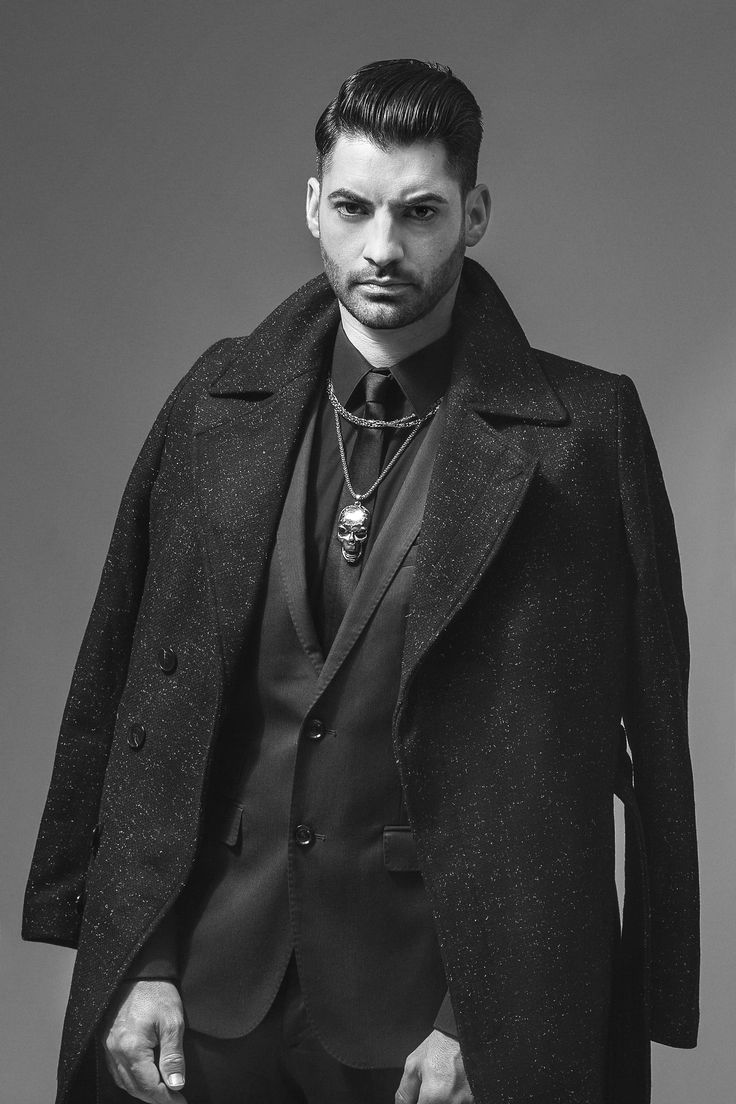 CØDE Colletion  CONCEPT & ARTISTIC DIRECTION: Raul Santana (@Santana Hair&Art) PHOTO: @angelica.natal   STYLIST: Raúl Santana ASISSTANT: @mon.moreno  MAKE UP: @lorenyago @andreavermar  #CODE #collection #raulsantana #santanahairart #mensfashion #editorial #fashioneditorial #hairstyle #menswear #uomo #photo #photoshoot #grooming #malestylist #malemodel #model #newconceptformens