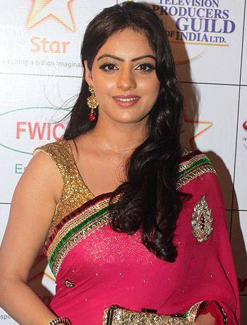 Sandhya to meet an accident in Diya Aur Baati Hum! - http://www.bolegaindia.com/gossips/Sandhya_to_meet_an_accident_in_Diya_Aur_Baati_Hum-gid-36452-gc-16.html