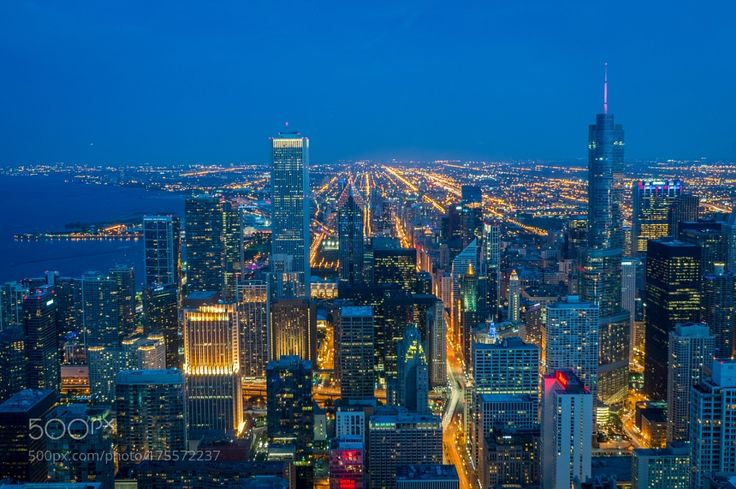 Evening on Chicago's rooftops by albertc180