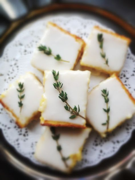 Lemon Thyme Bars - The best cookes I have ever had were Lemon Thyme. I have to give these a try!