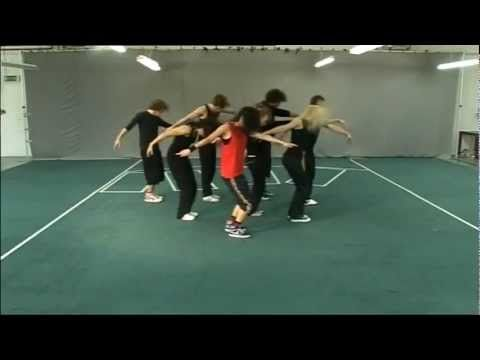 Thriller as choreographed by Chloe Bell for a Big brother House task in 2008. Great Halloween Dance - YouTube