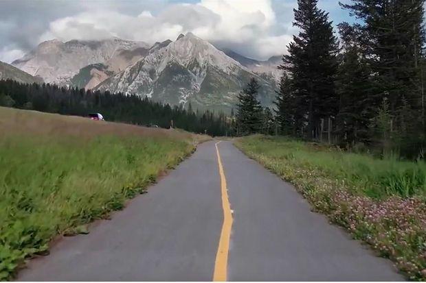 Le Canada achève la plus longue piste cyclable et récréative du monde, longue de 24.000 km (vidéo)