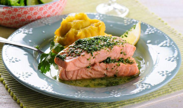 As melhores receitas para a Bimby, dicas, enfim ... tudo e mais alguma coisa sobre Bimby :) - Ingredientes: Água / Batata-Doce / Brócolos / Coentro / Courgette / Limão / Manteiga / Pimenta / Sal / Salmão