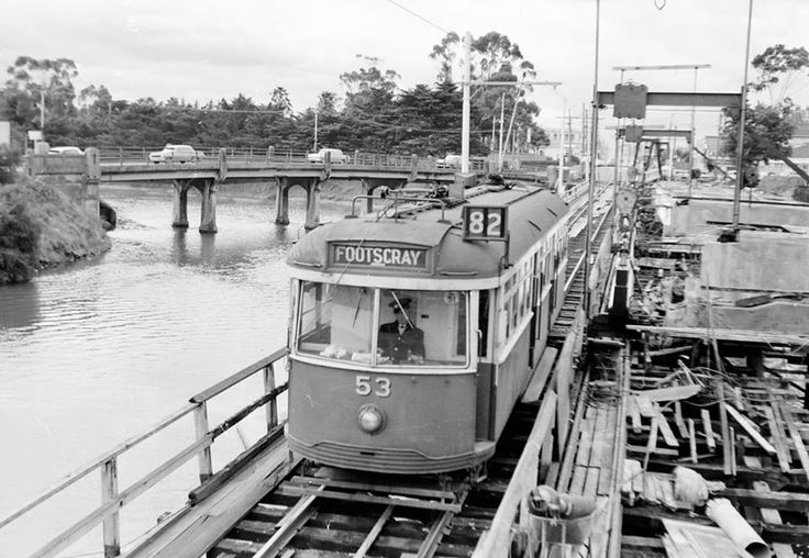 It is the original bridge over the maribyrnong on the left,with the Anglers just out of shot,vehicles used that bridge and trams used the one you see in pic,that tram ran moonee ponds to Footscray down maribyrnong rd over tram bridge onto Raleigh rd