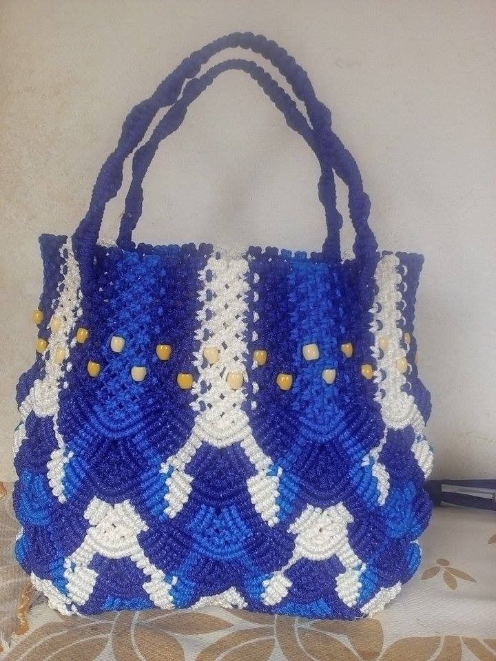Volta Authentic African Hand-woven cotton double-blue/white mid-sized handbag with hand-made bead