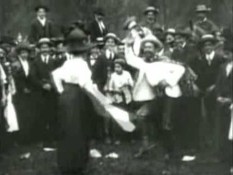 ...Video de Cueca de 1910...y la musica es de años 30