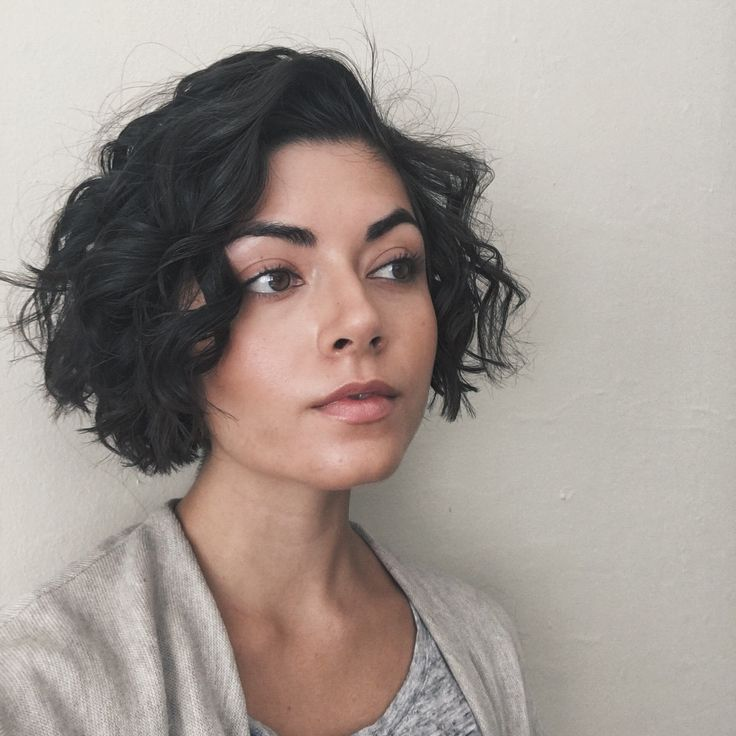How to Create a No-Makeup Makeup Look using Glossier Perfecting skin tint  | plantae.io