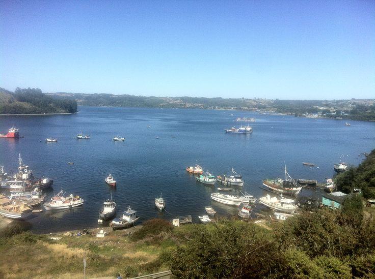 Vista al Canal Dalcahue. Isla Grande de Chiloé.