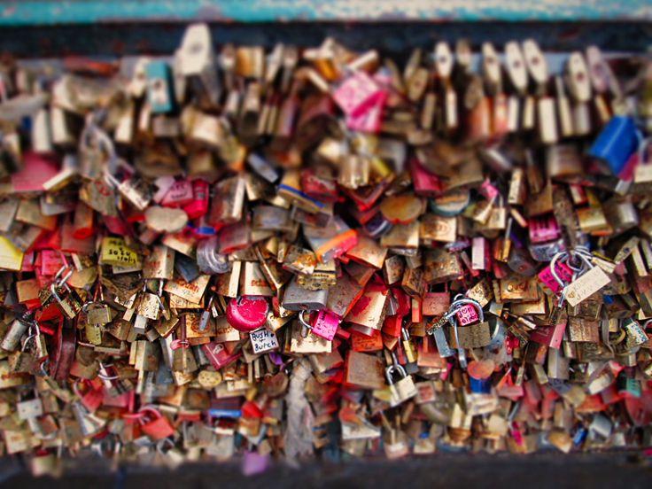 #Padlocks #love #Paris #Francia #France