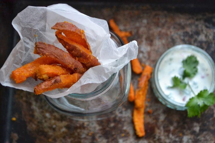 The Recipe Suitcase: Savoury Wednesday: Chili Süßkartoffel [Pommes] Frites mit Limetten-Koriander Sauce