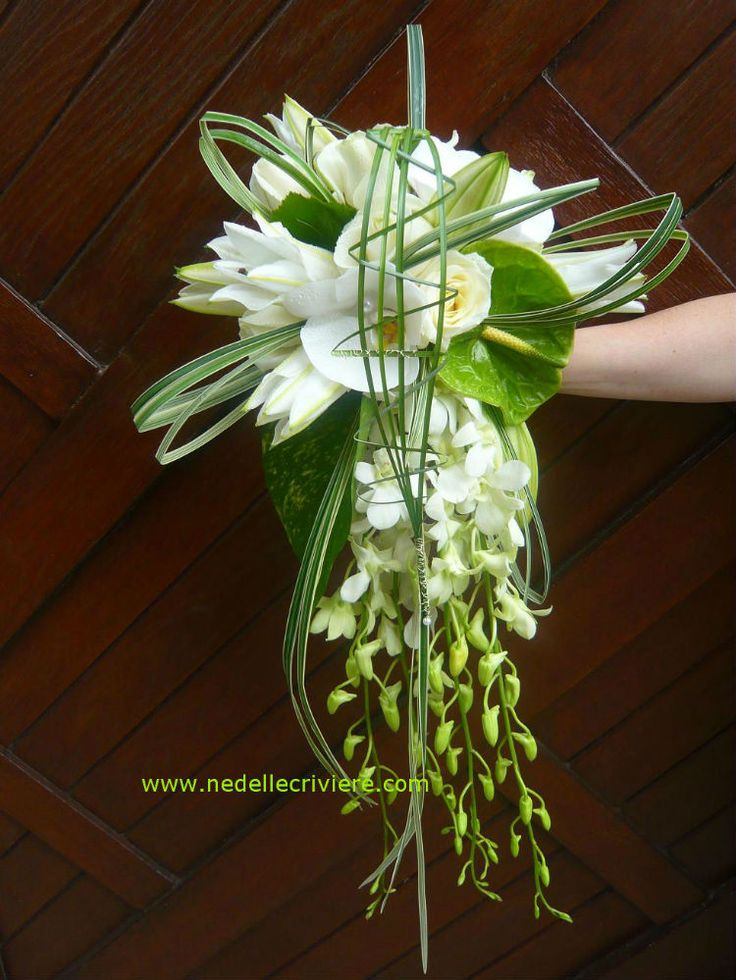 84 best images about bouquets on pinterest - Bouquet mariee orchidee ...