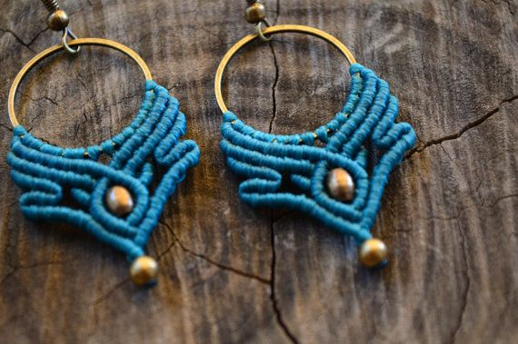 Macrame earrings with brass beads. This pair of earrings will fully complete your boho style. Its vivid colour and the antique hue of the metal will make everyone notice them and you getting many compliments.