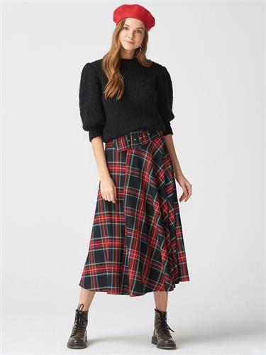 4c8d62f85f57a Modayı takip eden ve trend giyinen kadınların giyim markasıdır. En yeni  trend ürünleri daha görmediniz