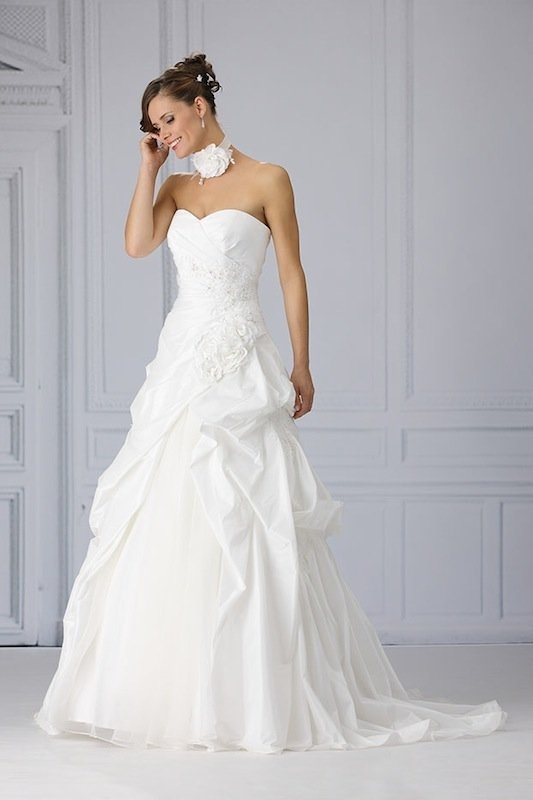 Trés Chic trouwjurk SN4075 white wedding dress witte trouwjurken trouwjurk bruidsjurk bruidsjurken www.weddingwonderland.nl