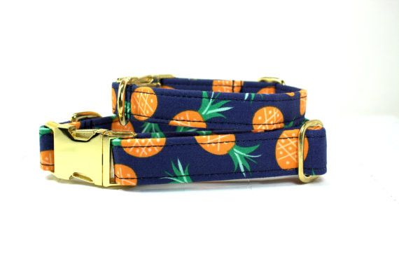 This is a fun pineapple dog collar with a gold side release buckle. Bring the tropics to your furry loved one! Collars are made from premium materials and feature: • Designer fabric that is 100% cotto